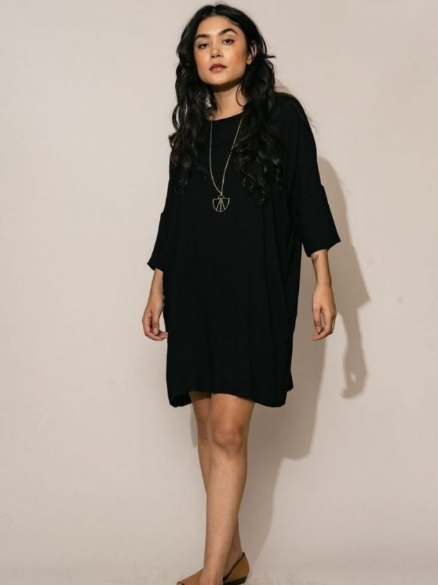 Eco-friendly and sustainable black dress from Altar
