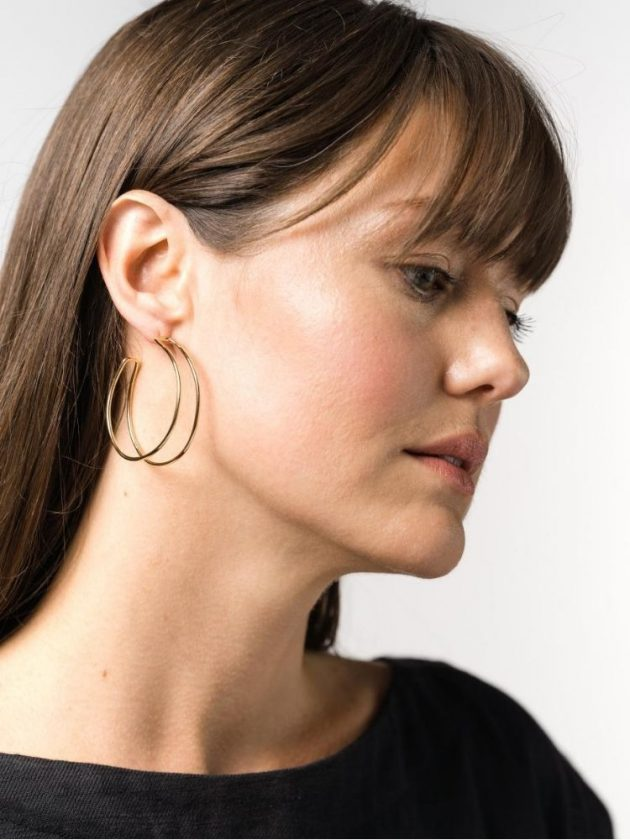 Minimalistic sustainable jewerly pieces from Laude The Label