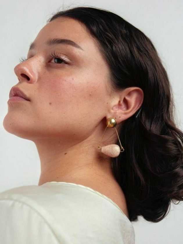 Fair trade delicate jewerly pieces from Raven + Lily