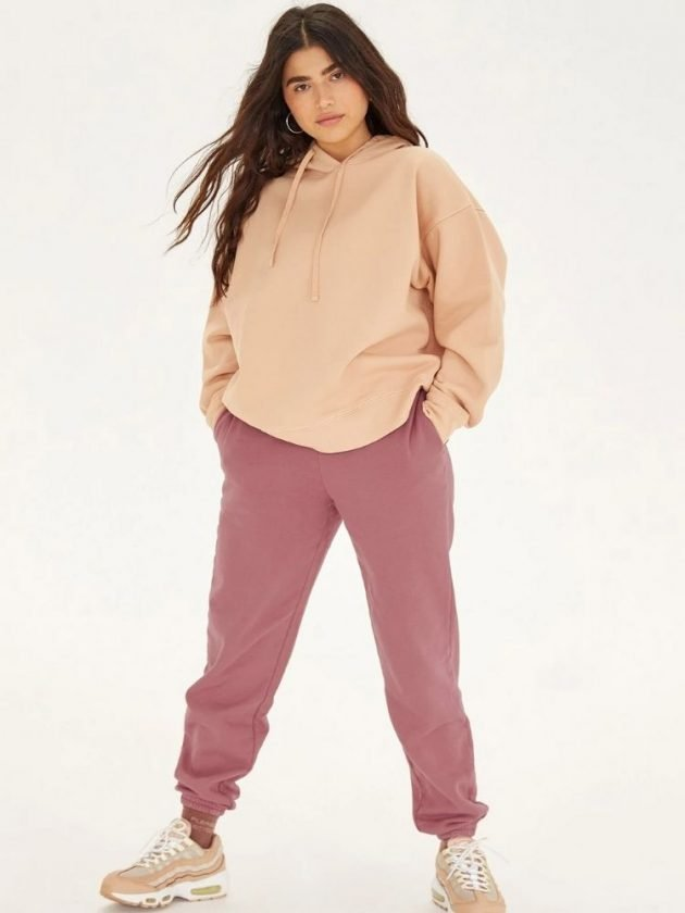 Sustainable nude coloured loungewear from Girlfriend