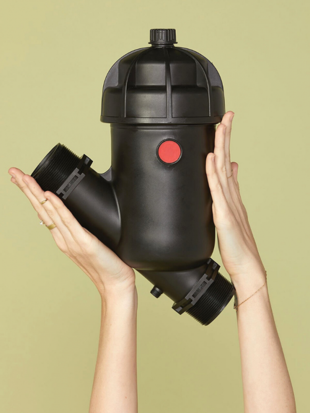 Microfiber filter from Girlfriend to collect microplastics from synthetic clothes