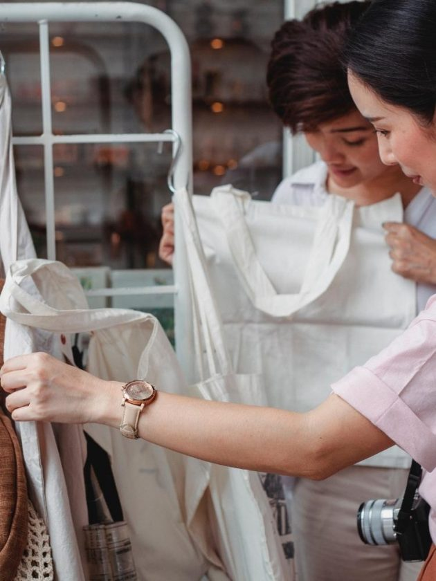 Second Eco Lifestyle Hack - Shopping Second Hand