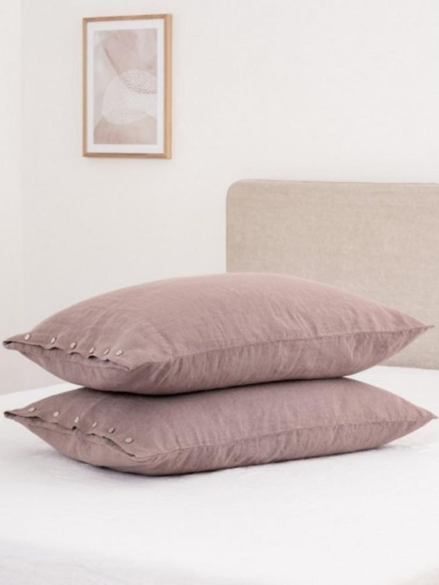 Sustainable pink pillow case from Sauth's