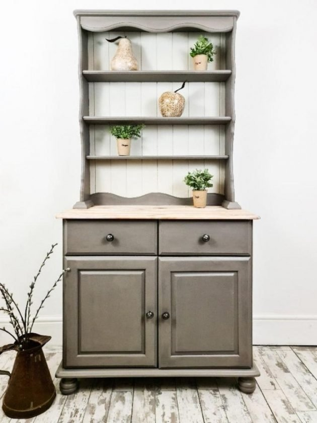 Sustainable shelves from Etsy