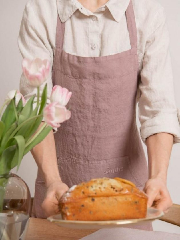 Pink sustainable apron from Sauths