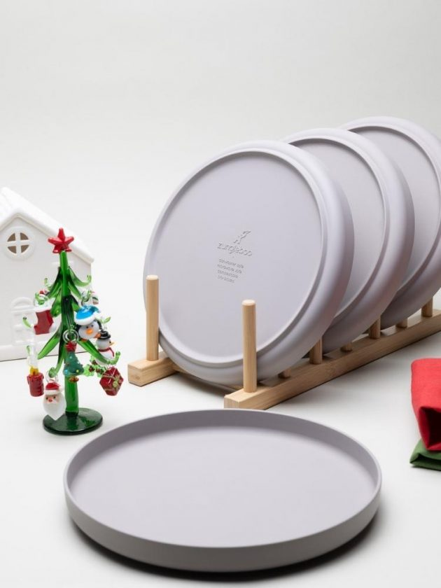 Bamboo Plates from Zungleboo as an ethical stocking stuffer