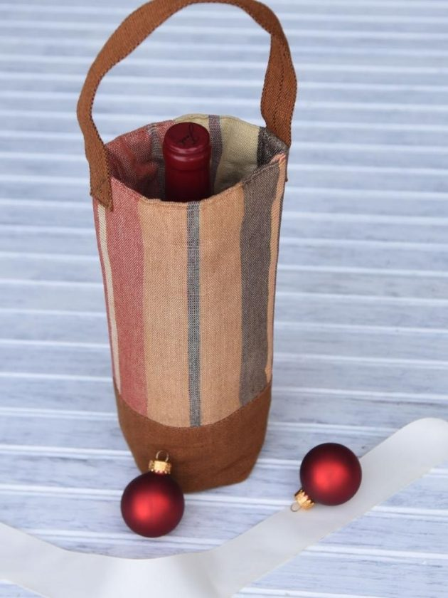 Fair Trade Wine Bag from Mayamam Weavers as an ethical stocking stuffer